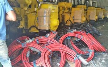 Kabel panel mesin diesel PLN yang akan direlokasi ke Pangkalan Bun.