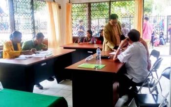 Aksi mahasiswa mengajukan permohonan Keterbukaan Informasi Pengelolaan Anggaran dan UKT di UPR.