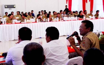 Kepala Dishub Kalteng M Hatta saat ikut Rapat Kerja Gubernur dengan empat Bupati DAS Barito beberapa waktu lalu.