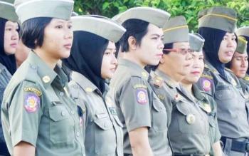 Satuan Polisi Pamong Praja di Kota Palangka Raya. Diinformasikan bahwa akan ada seleksi ulang bagi anggota Satpol PP di kota setempat.