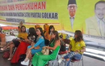 Sejumlah artis Barata Grup asal Sampit siap menghibur warga Seruyan hingga sore hari nanti.