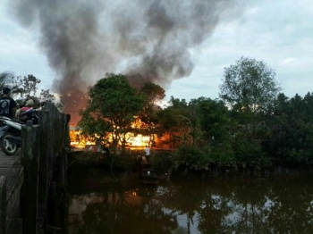 Warga Dusun Purworejo dihebohkan dengan kebakaran sekitar pukul 05:30 WIB, Minggu (19/3/2017)\\r\\n