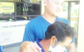 Bangking (45), warga Kapuas Seberang Sei Pasah, Kecamatan Kapuas Hilir, tersangka pembunuhan terhadap Ahmad Suriansyah, sudah diamankan Polsek Barimba Kapuas Hlir.