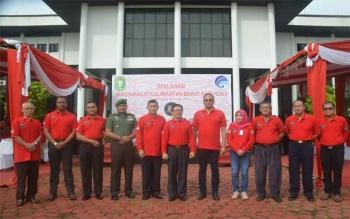 Irdam XII/Tanjungpura Kolonel Inf Sudarmadi mewakili Pangdam XII/Tpr menghadiri acara deklarasi masyarakat Kalimantan Barat antihoax yang dibuka Wagub Kalbar Christiandy Sanjaya, di Kantor Gubernur Kalbar, Pontianak, Senin (20/3/2017).
