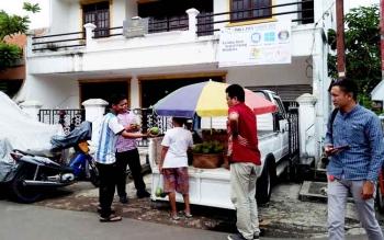 Wisma Tambun Bungai, Jalan Kayu Putih Selatan, Jakarta Timur. Asrama mahasiswa ini juga dimanfaatkan untuk aktivitas wirausaha.