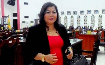 Nenie A Lambung, Ketua Komisi B DPRD Palangka Raya