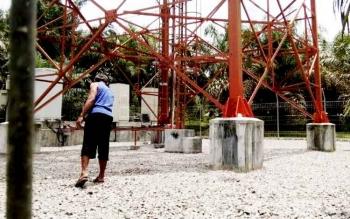 TKP bunuh diri Siti Aminah (15) di desa Bukit Indah, Kecamatan Bulik.