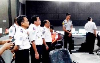 Rombongan Dishub Kobar saat berkunjung ke Solo Jawa Tengah untuk belajar penataan parkir kendaraan dan ketertiban lalu lintas.