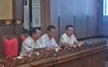 Anggota Baleg DPRD Kotim yang hadir dalam pembahasan Raperda Produk Hukum, Rabu (22/3/2017).