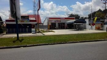 Salah satu toko modern di Palangka Raya
