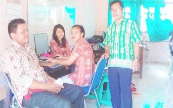 Pengawas USBN-BK di SMAN 1 Tamiang Layang, Kabupaten Barito Timur, Kamis (23/3/2017).