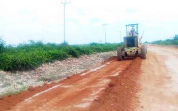 Dinas PUPR Kobar optimistis, dua agenda besar di kecamatan Kolam yaitu haul Kyai Gede dan STQ berjalan lancar, karena jalan lintas Pangkalan Bun - Kolam yang berada di KM 18 hingga 21 sekarang mulus.