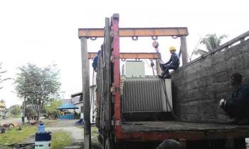Mesin diesel yang dibongkar di PLTD Kahayan Palangka Raya dan direlokasi ke PLTD Pangkalan Bun.
