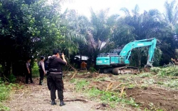 Eksekusi lahan di Desa Purbasari Kecamatan Pangkalan Lada Kotawaringin Barat.