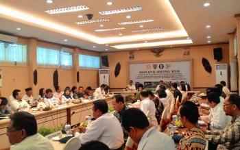 Kepala Perwakilan BI Kalteng Wuryanto memimpin High Level Meeting, Rabu (29/3/2017).