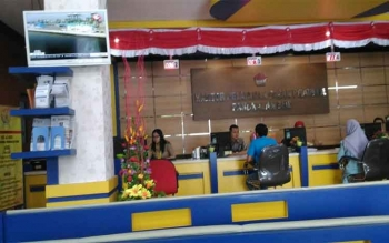 Suasana Kantor Pelayanan Pajak Pratama Pangkalan Bun, Kotawaringin Barat. Direktorat Jenderal Pajak perpanjang batas waktu penyampaian SPT Tahunan Orang Pribadi 2016, sampai 21 April 2017.