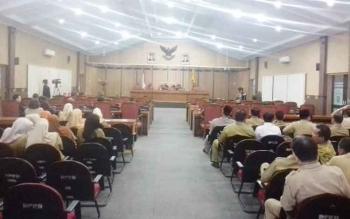 Paripurna penyampaian tanggapan Bupati Kotim atas pandangan fraksi di DPRD Kotim.
