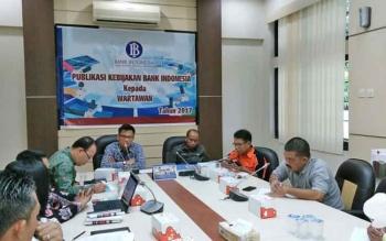Kepala Perwakilan Bank Indonesia (BI) Kalimantan Tengah Wuryanto, saat menyampaikan Kebijakan BI di kantornya, Jumat (31/3/2017)