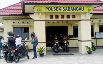 Di Polsek Sabangau sinilah Udie diamankan.