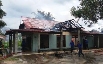Rumah di Jl HM Arsyad Km 1,5, Sampit, Kecamatan Mentawa Baru Ketapang, Kabupaten Kotawaringin Timur (Kotim) milik Lukman yang terbakar.