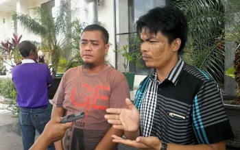 Purnadi koordinator rencana aksi dema damai terhadap PT Windu Nabatindu Sejahtera saat di gedung dewan, Senin (3/4/2017).