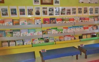 Ruang perpustakaan SDN Mendawai 2 Sukamara merupakan salah satu sekolah yang juga berpartisipasi dalam lomba tersebut.