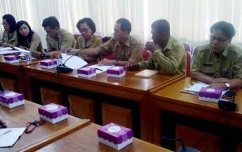 Rapat kordinasi Tim Pengendali Inflasi Daerah Kalteng di ruang rapat Asisten Setda Kalteng, Senin (3/4/2017).