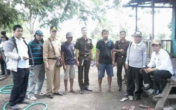 Kejaksaan Negeri Kotim dan Tim Audit PBS Kotim saat mengecek lokasi lahan PBS bodong di Kecamatan Seranau, Kabupaten Kotim.