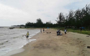 Lokasi Pantai Anugrah di Desa Sungai Tabuk Kecamatan Pantai Lunci, Kabupaten Sukamara.