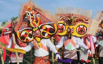 Festival Babukung Kalimantan Tengah. Para pelaku pariwisata di Destinasi Tanjung Puting, Kalimantan Tengah mendapat pelatihan Hospitality Coaching (HoCo), Rabu (5/4/2017).