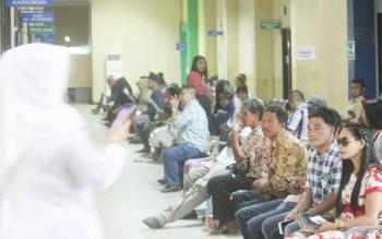 Sejumlah peserta BPJS Kesehatan saat berada di Poliklinik RSUD Sultan Imanuddin Pangkalan Bun.