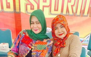 Ketua komisi A DPRD Barut, Nurul Ainy bersama anggota Komisi B, Leni Marlina.