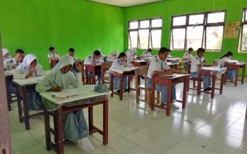 32 SMA di Murung Raya Laksanakan Ujian Nasional