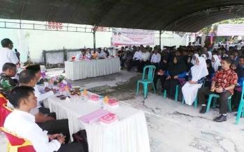 Warga sedang mengikuti penyuluhan anti narkoba yang dilaksanakan Dinas Pemuda dan Olahraga Kotim, Rabu (12/4/2017).
