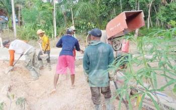 Salah satu pembangunan di Desa Rimba Sari, kecamtan Teweh Tengah yang menggunakan DD dan ADD