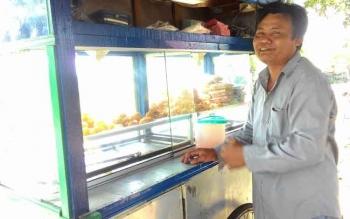 Alqoni saat diwawancarai Borneonews.co.id
