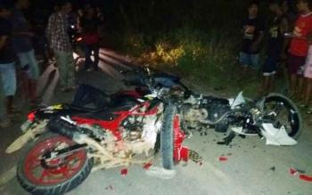 Kondisi kendaraan para korban hancur pasca kecelakaan maut di Kabupaten Gunung Mas, Minggu (16/4/2017)