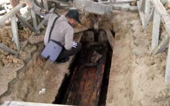 Kondisi kuburan mantan ketua DPRD Lamandau, Mozes Pause.