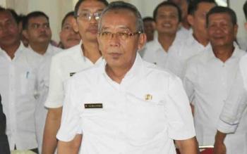 Sekda Sukamara, Sumantri saat menghadiri kegiatan di Aula Bupati Sukamara.