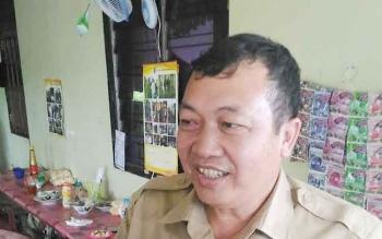 Sekretaris Dinas PU Gunung Mas, Champili.