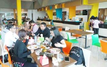 FoodCiti, pusat kuliner di Citimall Sampit.