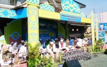 Sebanyak 57 ribu warga binaan pemasyarakatan mengadakan kegiatan khatam Alquran serentak se indonesia. Termasuk di lApas Klas IIB pAngkalan Bun.