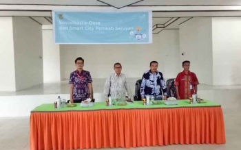 Sudarsono Buka Sosialisasi e-Desa dan Smart City Pemkab Seruyan