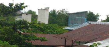 Bangunan tempat penangkaran sarang walet mulai menjamur di Kuala Kurun, Kabupaten Gunung Mas.