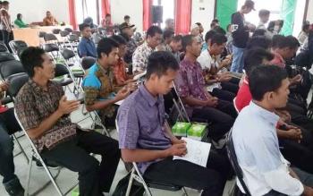Puluhan kepala desa dari lima kecamatan di Seruyan saat mengikuti kegiatan yang pernah digelar Pemkab Seruyan terkait penyampaian informasi soal desa.