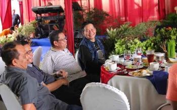 Plt Kadis ESDM Kalteng Ermal Subhan dan Pj Sekda Kalteng, saat hadir dalam penutupan Turnamen Golf di Bogor Raya Minggu lalu