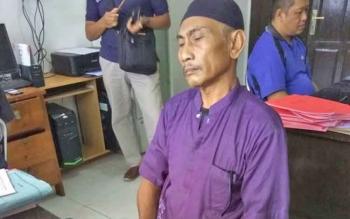 Ir Joko Hadiwijaya saat berada di Kejari Kotim, Selasa (25/4/2017).