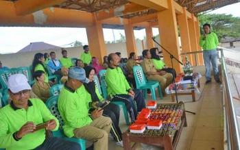 Camat Teweh Tengah, Kabupaten Barito Utara, Eveready Noor saat memberikan sambutan pada pembukaan O2SN tingkat kecamatan, Selasa (25/4/2017).