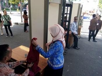 Di Pintu Masuk, Semua Tamu Diperiksa Jelang Kedatangan Wapres ke Kampus Muhammadiyah