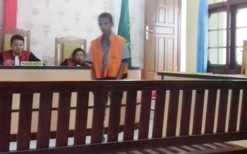 Antonius Tapatab alias Anton terdakwa kasus KDRT.